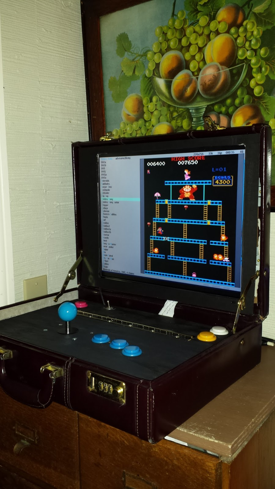 briefcase_arcade1